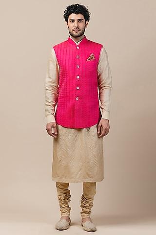 Fuchsia Silk Textured Bundi Jacket by Tarun Tahiliani Men