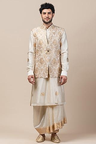 Ivory Brocade Embroidered Bundi Jacket by Tarun Tahiliani Men