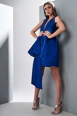 Royal Blue Dress With Plunging Neckline by Tisharth by Shivani