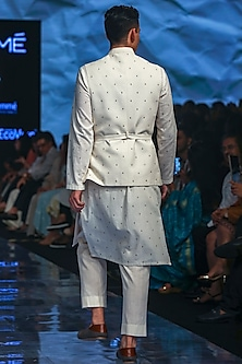 Ivory Embroidered Kurta Set With Bandi Jacket by TISA