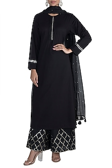 Black Embellished Ghungroo Kurta Set by Tokree
