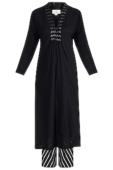 Black Embellished Kaftan Kurta Set by Tokree