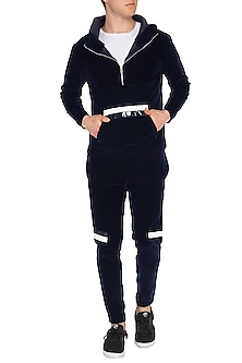 Black Kangaroo Pocket Jogger Set by The Natty Garb