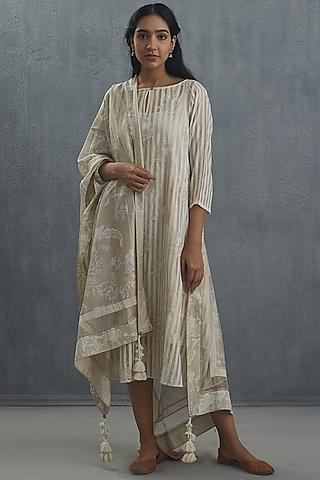 Ivory Embroidered Dupatta by Torani