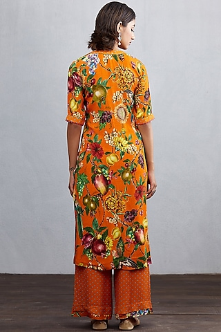 Orange Printed Kurta Set by TORANI