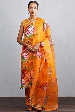 Orange Floral Printed Kurta Set by TORANI
