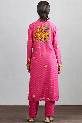Rani Pink Bird Printed Kurta Set by TORANI