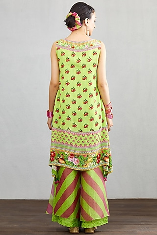 Green Viscose Crepe Kurta Set by TORANI
