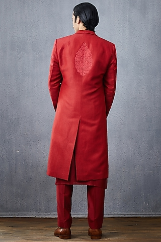 Red Embroidered Chanderi Kurta Set by Torani Men