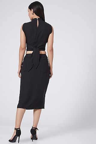 Black Pencil Skirt With Patch Pockets by Three Piece Company