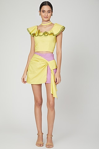 Lilac Shorts With Yellow Tie-Up by Three Piece Company
