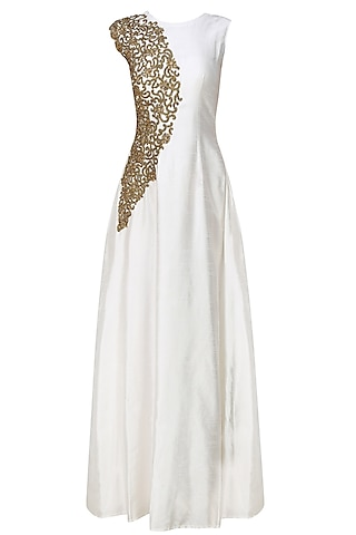 Smoke white zardozi embroidered gown by Tanya Patni