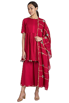 Maroon Hand Embroidered Kurta Set by The Right Cut