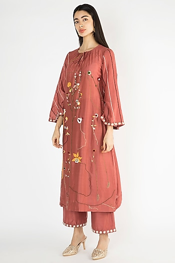 Brick Red Embroidered Kurta With Pants by The Right Cut