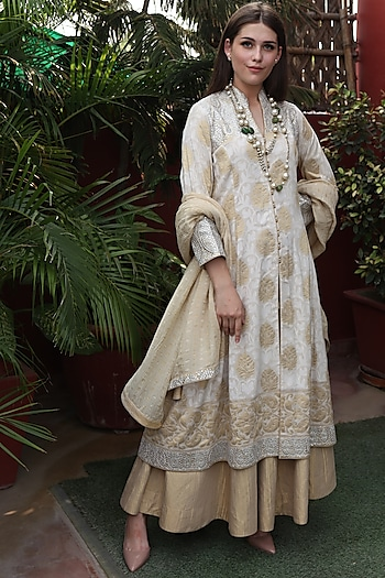 Beige Gota Patti Embroidered Kurta Set by Trisvaraa
