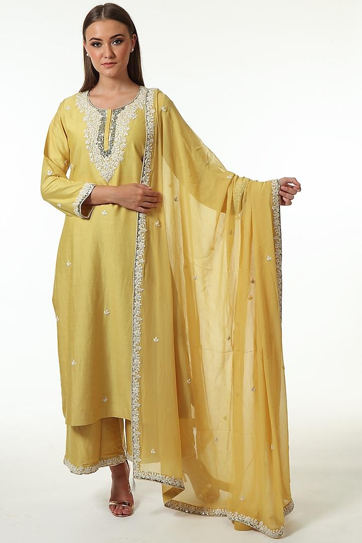 Yellow Georgette Embroidered Kurta Set by Trisvaraa