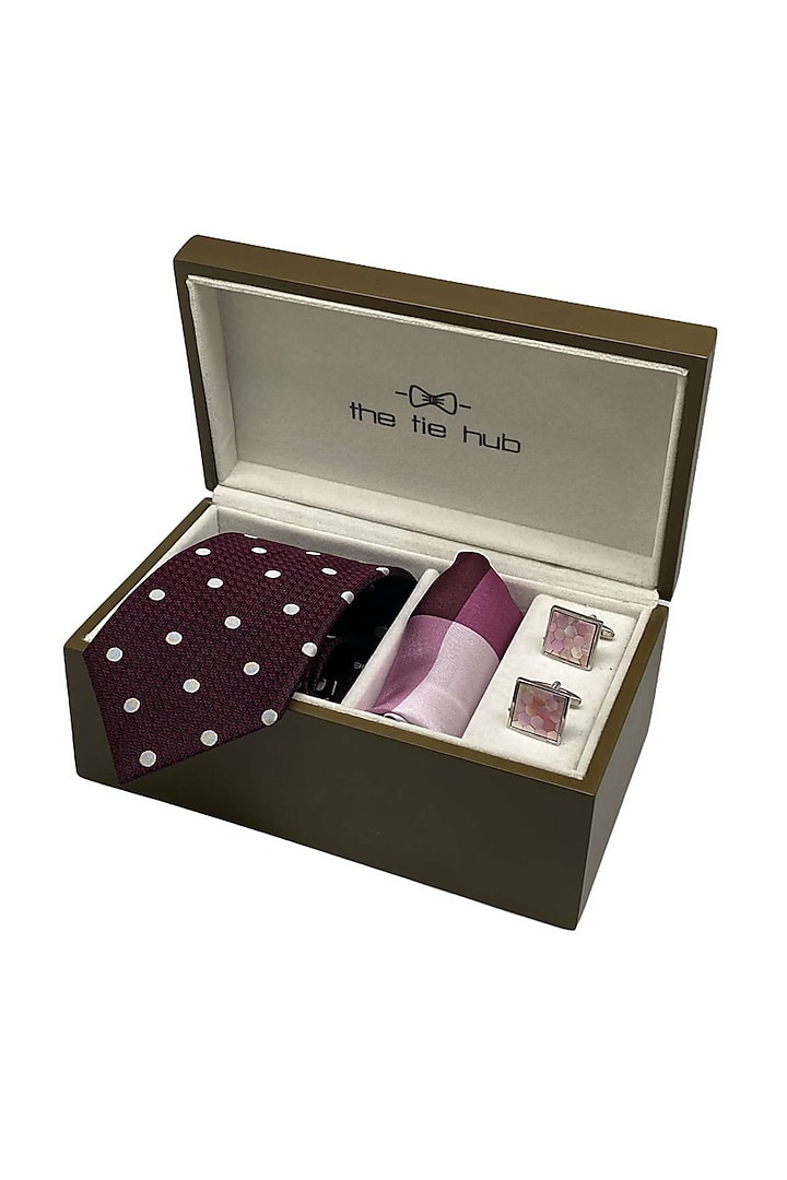 Pink Pocket Square Set (Set Of 3) by THE TIE HUB