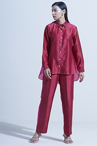 Wine Pant Set With Color Blocking by Twinkle Hanspal