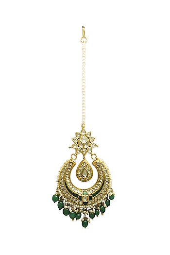 Gold Maang Tikka With Polkis & Emeralds by Tyaani