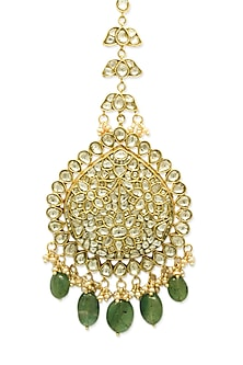 Gold Maang Tikka With Polkis & Emerald Drops by Tyaani