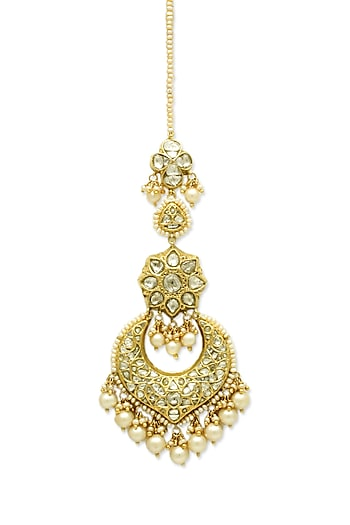 Gold Maang Tikka With Pearls & Polki Diamonds by Tyaani