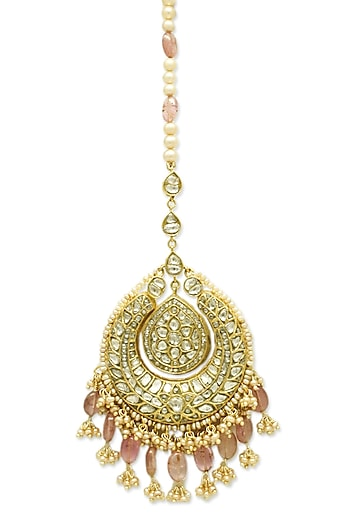 Gold Maang Tikka With Pink Tourmalines & Polkis by Tyaani