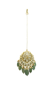 Gold Maang Tikka With Emeralds & Natural Polki Diamonds by Tyaani