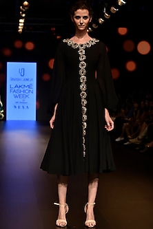 Black Embroidered Midi Dress by Urvashi Joneja