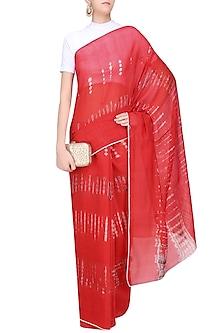Red and Ecru Tye and Dye Saree by Urvashi Kaur