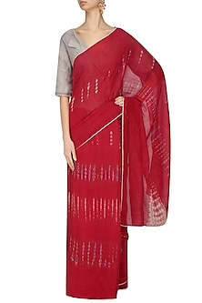 Red Tye and Dye Saree by Urvashi Kaur