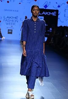 Blue printed straight pants by Urvashi Kaur