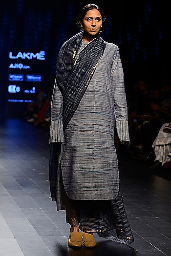 Blue Running Line Print Long Tunic by Urvashi Kaur