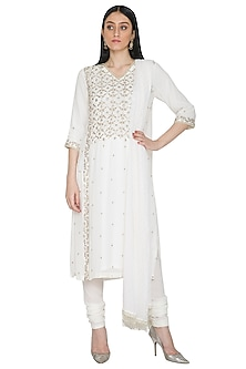 Off White Mukaish Embellished Kurta Set by Umrao Couture