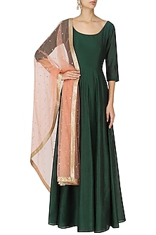 Emerald Green Kalidaar Anarkali with Champagne Foil Print Dupatta by Umrao Couture