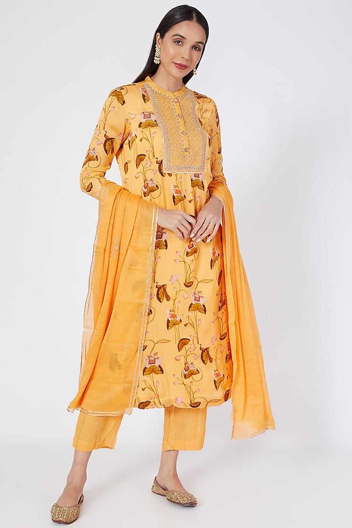 Orange Hand Embroidered Kurta Set by Upasana Gupta