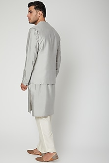 Grey Textured Kurta Set by Unit by Rajat Suri