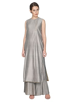 Grey Chanderi Silk Pleated Pants by Urvashi Kaur
