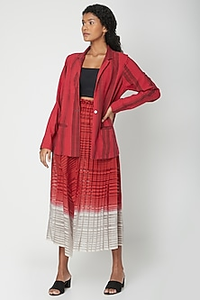 Red Pleated Ombre Skirt by Urvashi Kaur