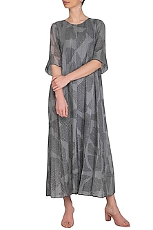 Grey Shibori Box Pleated Dress by Urvashi Kaur