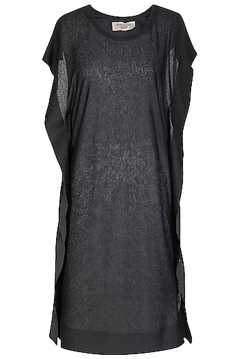 Black Ikat Printed Boxy T-Shirt Dress by Urvashi Kaur