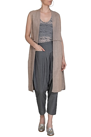 Grey Low Crotch Denim Pants by Kapda By Urvashi Kaur