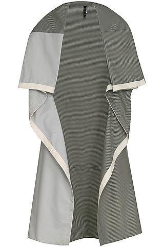 Grey Sleeveless Shrug by Kapda By Urvashi Kaur