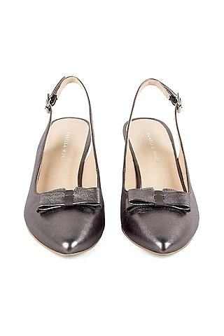 Pewter Grey Closed-Toe Sandals by VANILLA MOON