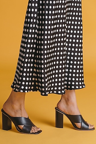 Black Cross Strap Sandals by VANILLA MOON