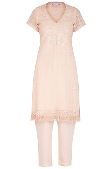 Dusky Peach Embellished Kurta Set by Vandana Sethi