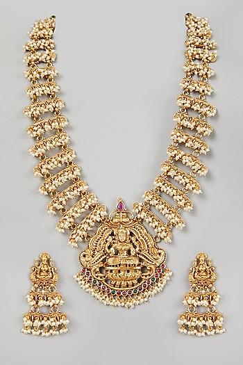 Gold Finish Mala Necklace Set by VASTRAA Jewellery