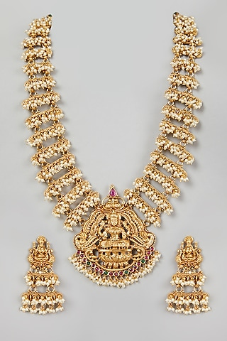Gold Finish Mala Necklace Set by VASTRAA Jewellery