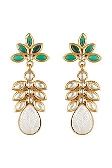 Gold Finish Green Stone Kundan by VASTRAA Jewellery