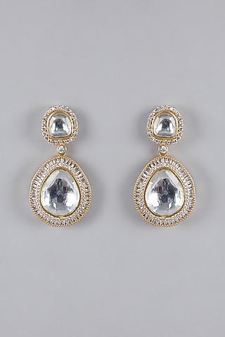 Gold Finish Zircon Kundan Earrings by VASTRAA Jewellery