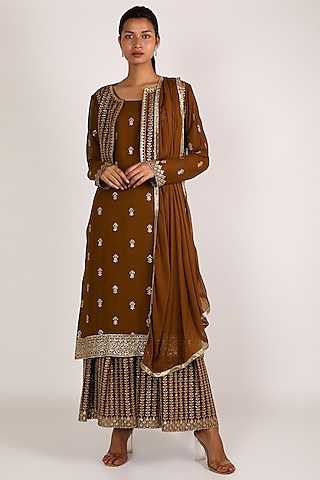 Copper Embroidered Kurta Set by VASTRAA